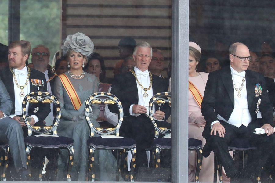 La reine Maxima et le roi Willem-Alexander des Pays-Bas, la reine Mathilde et le roi des Belges Philippe, et le prince Albert II de Monaco à Tokyo, le 22 octobre 2019