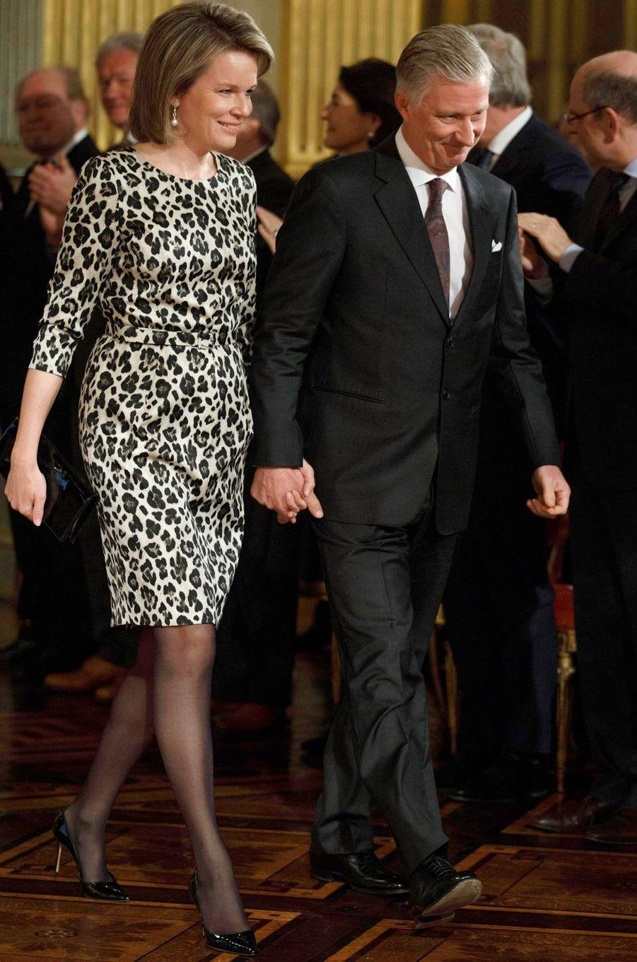 La reine Mathilde de Belgique dans une robe Natan à Bruxelles, le 18 janvier 2018