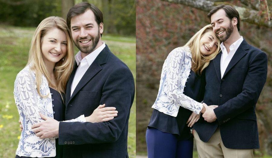Les photos officielles des fiançailles de Stéphanie et Guillaume, le 26 avril