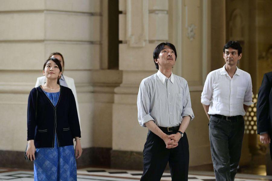 La princesse Mako et son père le prince Akishino du Japon au Musée ethnographique de Budapest, le 19 août 2017