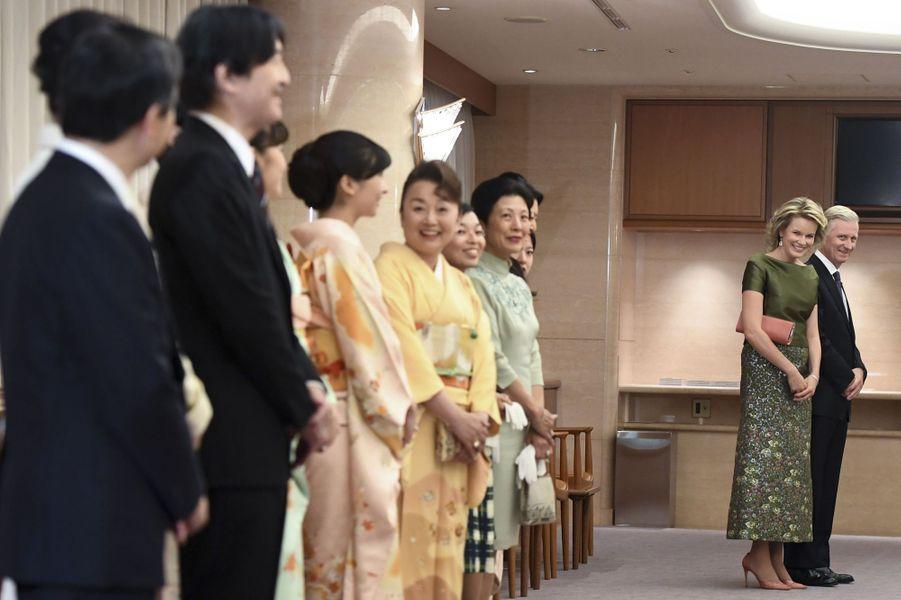 La famille impériale du Japon avec la reine Mathilde et le roi Philippe de Belgique à Tokyo, le 13 octobre 2016