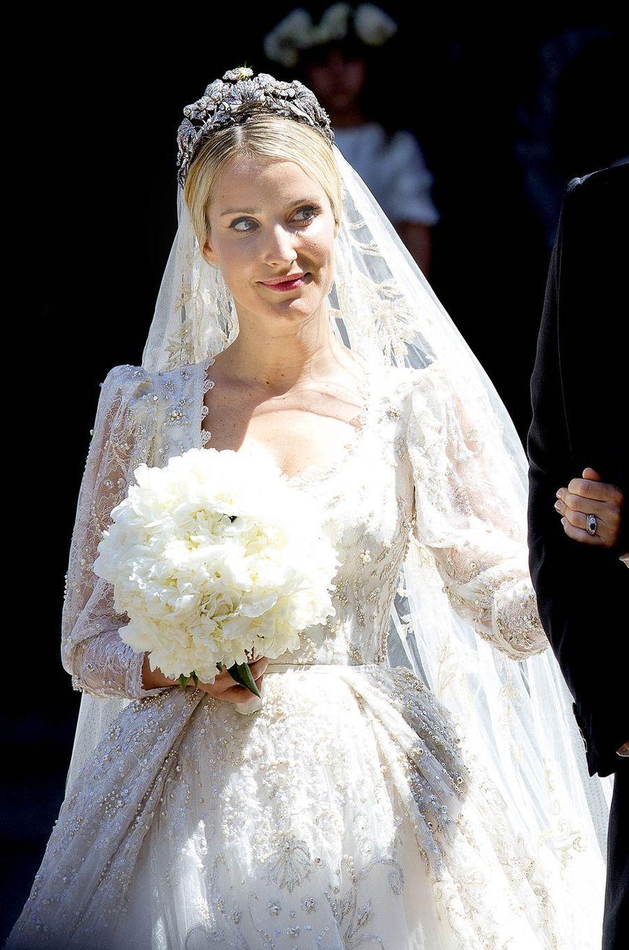 Ekaterina Malysheva porte le diadème floral de la maison de Hanovre pour son mariage avec le prince Ernst August junior, le 8 juillet 2017