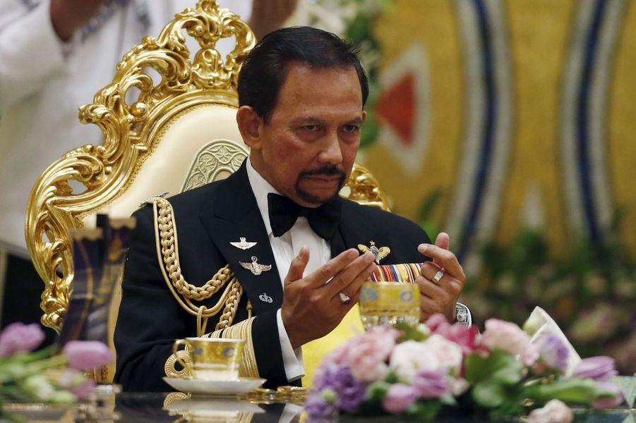 Le sultan Hassanal Bolkiah au banquet de mariage au Sultanat de Brunei, le 12 avril 2015