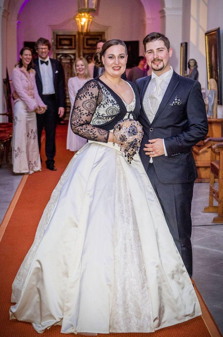 La comtesse Diana Bernadotte de Wisborg et Stefan Dedek, le jour de leur mariage, le 13 janvier 2017 sur l'île de Mainau
