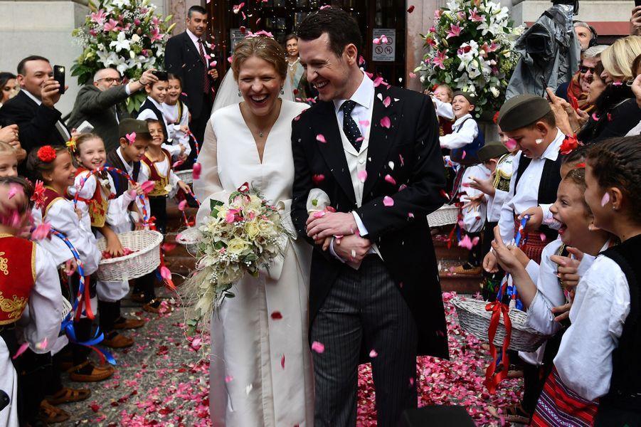 Le prince Filip de Serbie et Danica Marinkovic, le jour de leur mariage, le 7 octobre 2017 à Belgrade