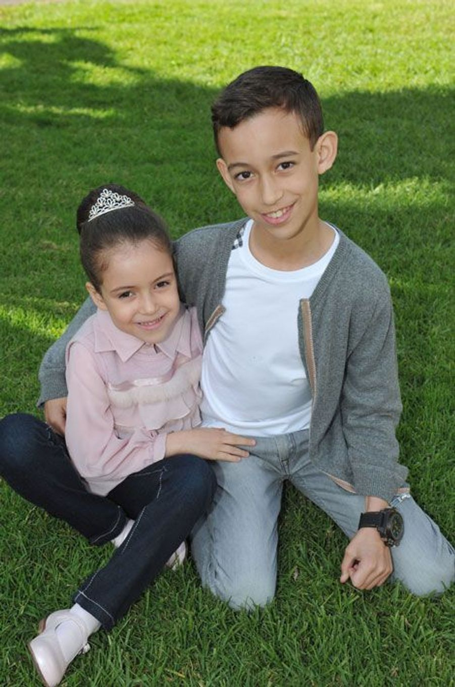 Avec sa sœur Lalla Khadija