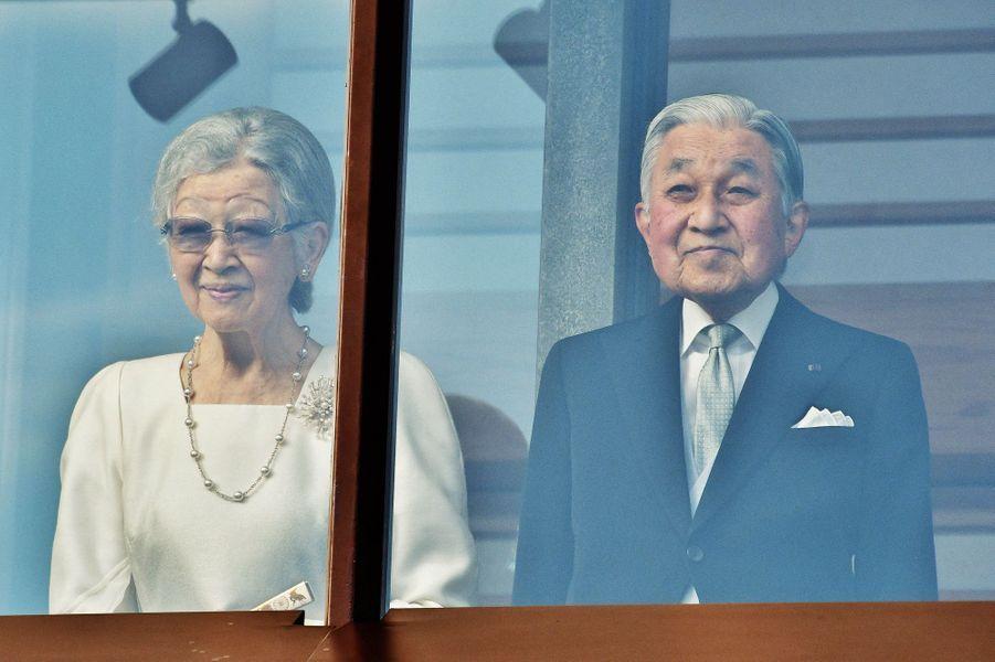 L'ancienne impératrice Michiko et l'ancien empereur Akihito du Japon à Tokyo, le 2 janvier 2020