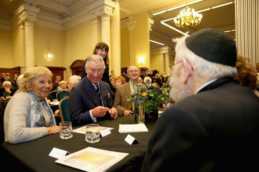 Le prince Charles et Camilla commémorent l'Holocauste à Londres, le 27 janvier 2015