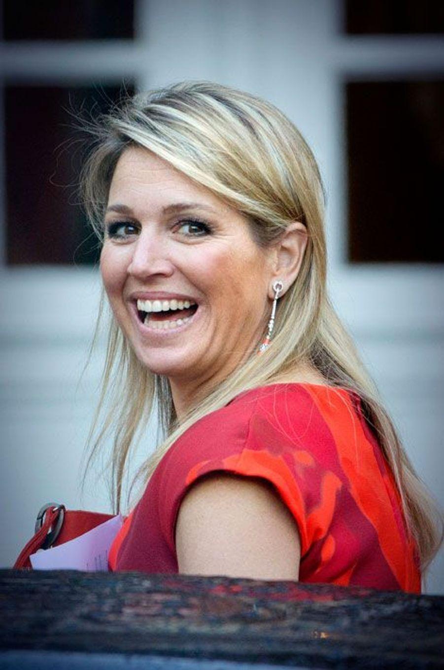 Maxima, tout sourire pour accueillir les médaillés olympiques