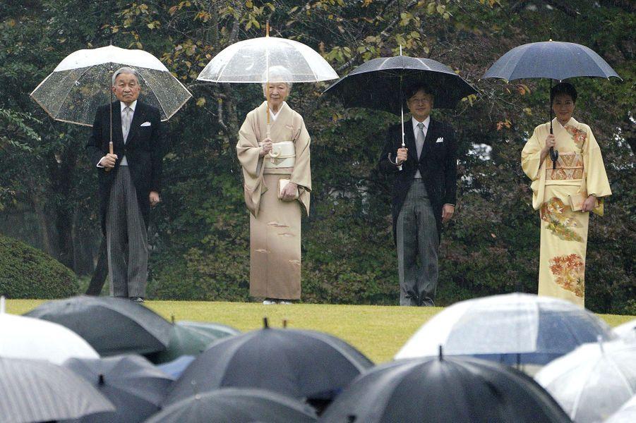 L'empereurAkihito du Japon, l'impératrice Michiko, le prince Naruhito et la princesse Masako à Tokyo, le 9 novembre 2018