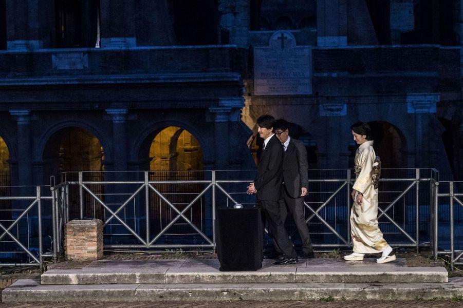 La princesse Kiko et le prince Akishino du Japon au Colisée à Rome, le 11 mai 2016