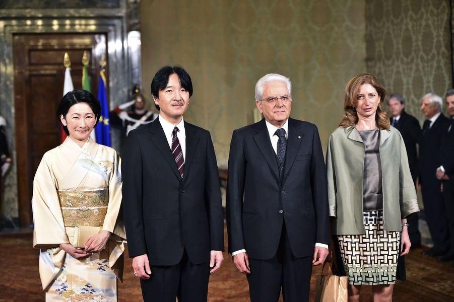 La princesse Kiko et le prince Akishino du Japon avec Sergio et Laure Mattarella à Rome, le 11 mai 2016