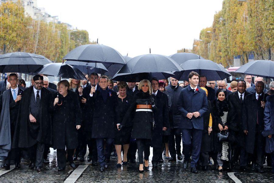 Le prince Moulay El Hassan du Maroc, à gauche, à Paris le 11 novembre 2018