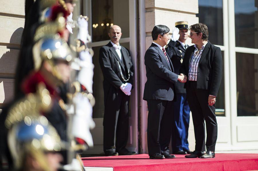 Le prince Naruhito du Japon à l'Assemblée nationale à Paris, le 11 septembre 2018