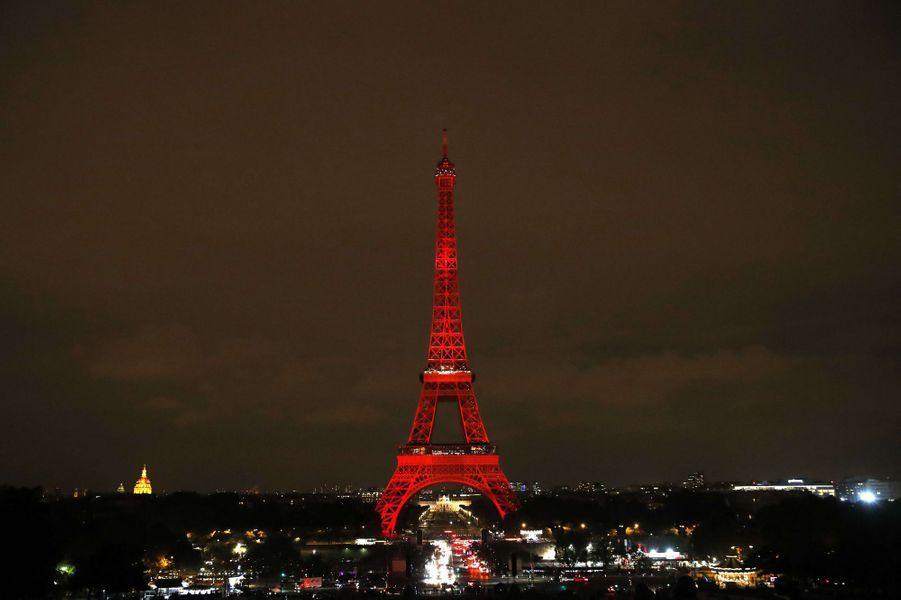 La Tour Eiffel aux couleurs du Japon, le 13 septembre 2018