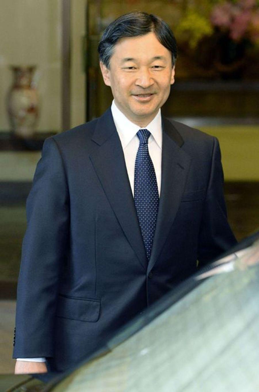Le prince Naruhito du Japon quitte sa résidence à Tokyo pour se rendre à Riyad, le 25janvier 2014