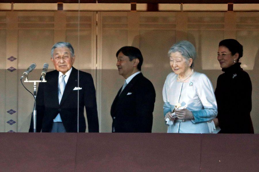 La princesse Masako du Japon avec le prince Naruhito, l'empereur Akihito et l'impératrice Michiko à Tokyo, le 2 janvier 2019