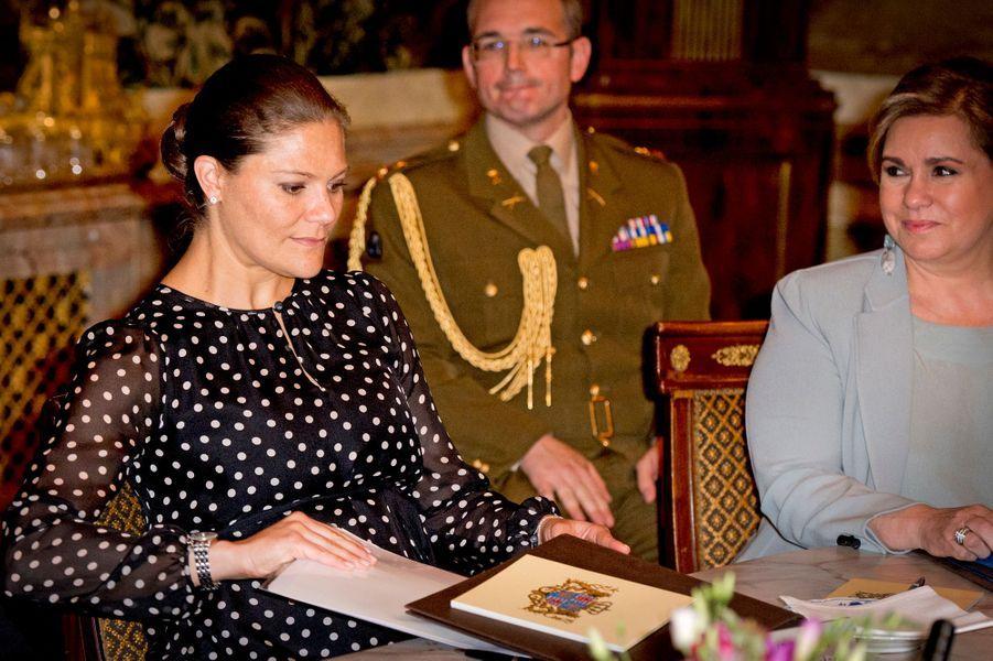 La princesse Victoria de Suède avec la grande-duchesse Maria-Teresa de Luxembourg à Luxembourg, le 15 octobre 2015