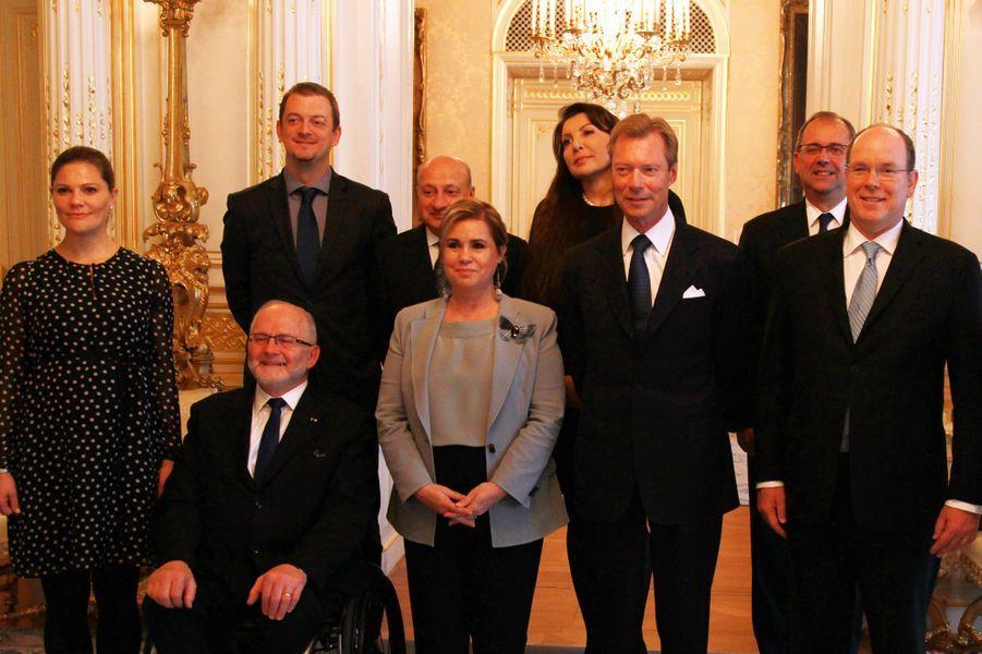 Le grand-duc et la grande-duchesse de Luxembourg avec Victoria de Suède et Albert II de Monaco à Luxembourg, le 15 octobre 2015