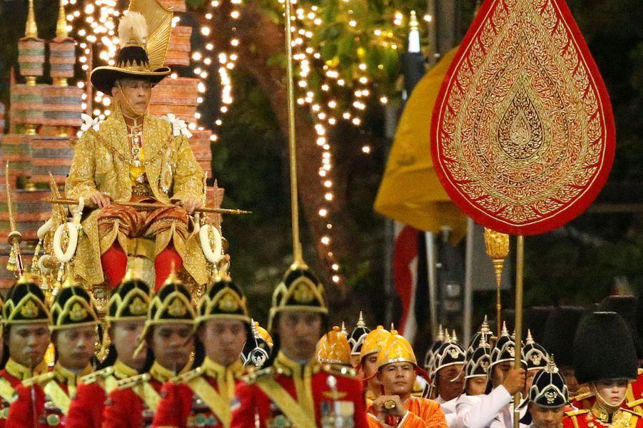 Le roi Maha Vajiralongkorn à Bangkok, le 5 mai 2019