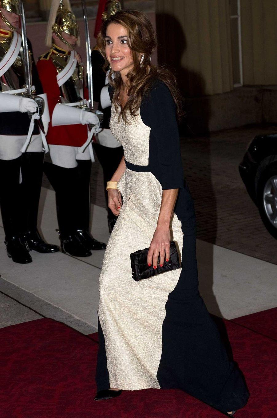 La reine Rania de Jordanie à Londres, le 18 mai 2012