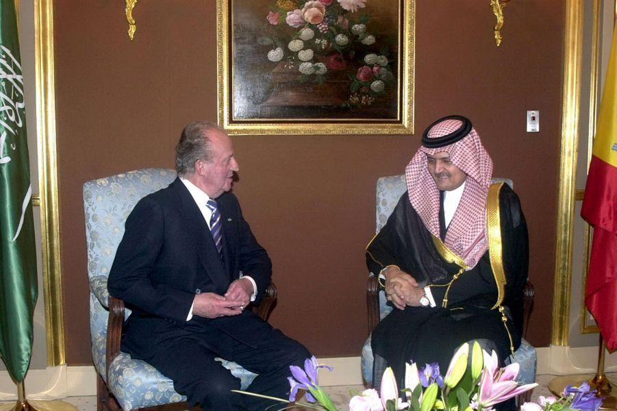 Le roi Abdallah avec le roi Juan Carlos d'Espagne à Riad, le 8 avril 2006