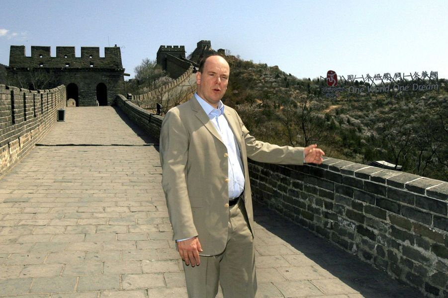 Le prince Albert II de Monaco sur la Grande Muraille de Chine, le 25 avril 2007