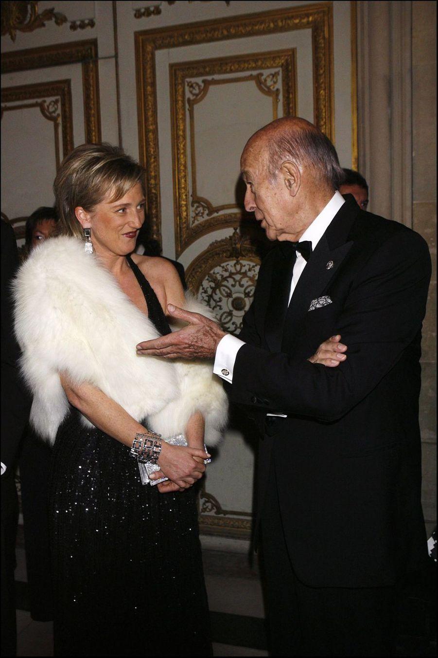 Valéry Giscard d'Estaing avec la princesse Astrid de Belgique, le 4 décembre 2006