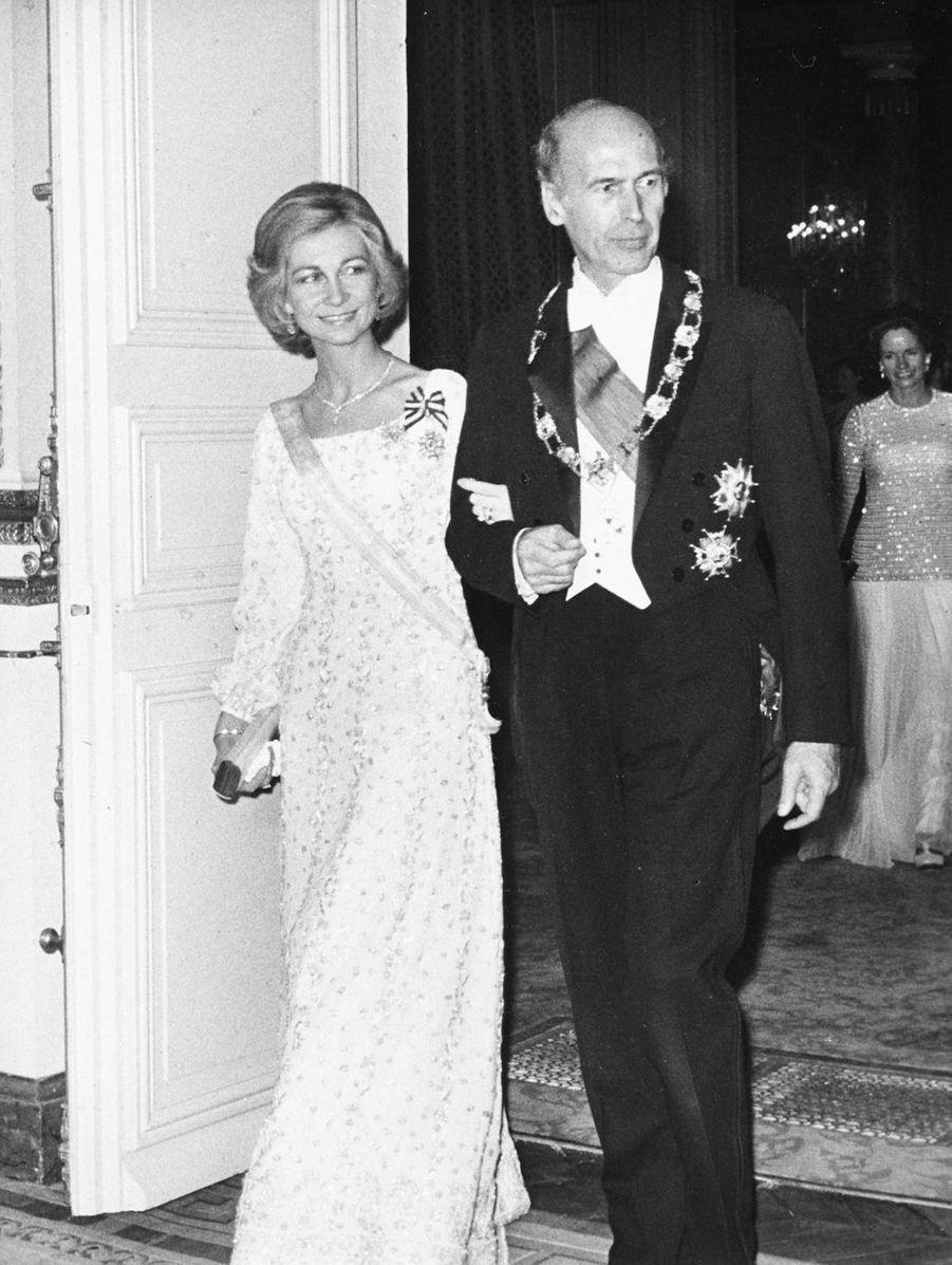 Valéry Giscard d'Estaing avec la reine Sofia d'Espagne, vers 1978