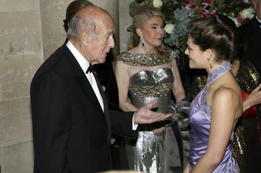 Valéry Giscard d'Estaing avec la princesse Victoria de Suède, le 4 décembre 2006