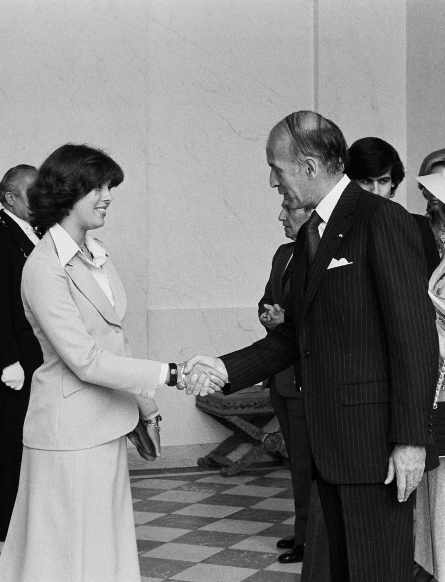 Valéry Giscard d'Estaing avec la princesse Caroline de Monaco, le 3 juin 1976