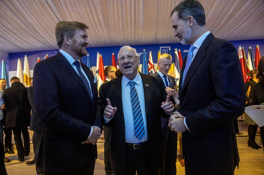 Les rois Willem-Alexander des Pays-Bas et Felipe VI d'Espagne avec le président israélien Reuven Rivlin à Jérusalem, le 22 janvier 2020