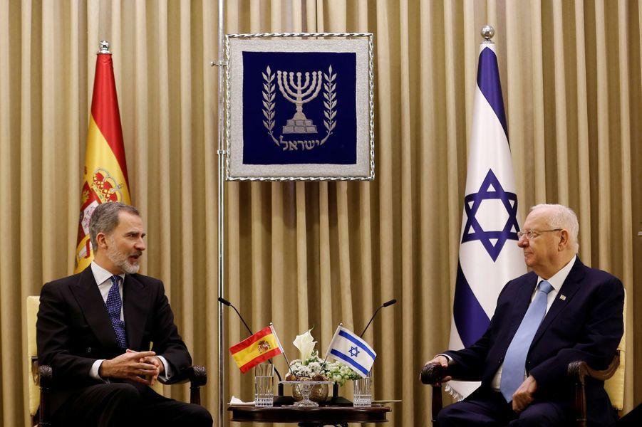 Le roi Felipe VI d'Espagne avec le président israélien Reuven Rivlin à Jérusalem, le 23 janvier 2020