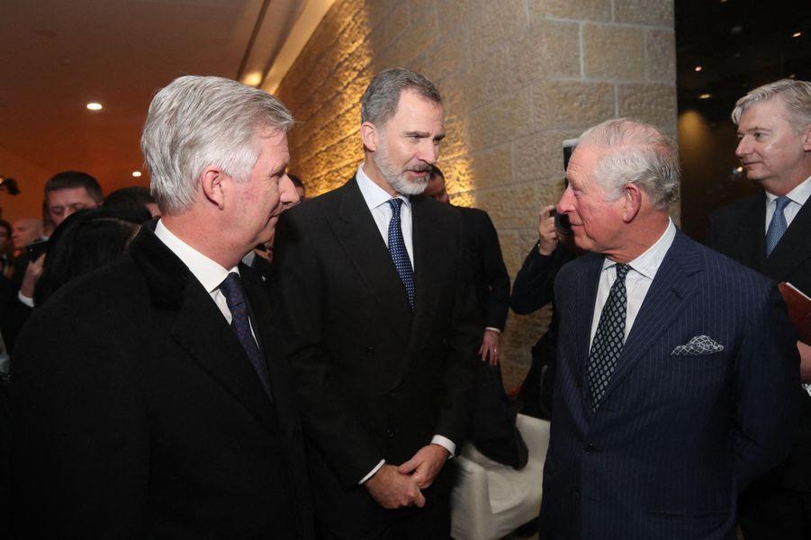 Le roi des Belges Philippe et le roi Felipe VI d'Espagne avec le prince Charles à Jérusalem, le 23 janvier 2020