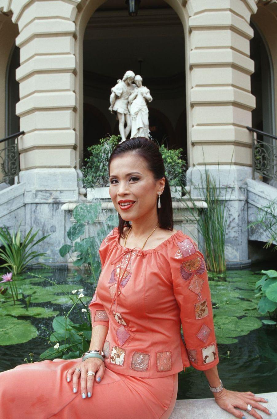 La princesse Ubolratana de Thaïlande à Bangkok, le 1er juillet 2002