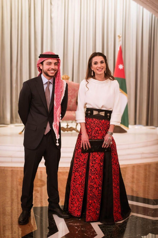 La reine Rania avec son fils Hussein en 2015