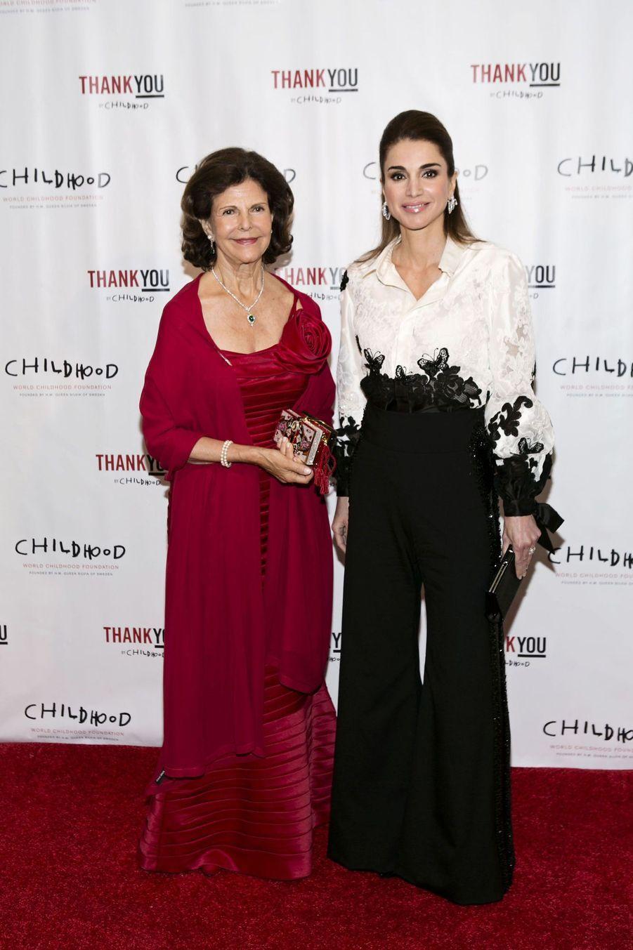 Rania et Silvia, unies pour l'enfance
