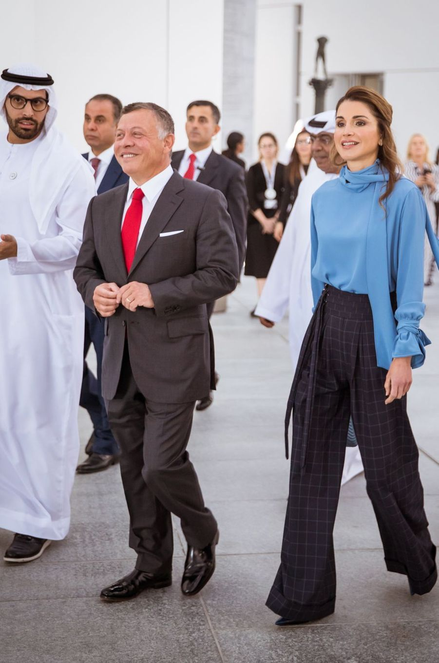 La reine Rania et le roi Abdallah II de Jordanie découvrent le Louvre Abu Dhabi, le 8 février 2018