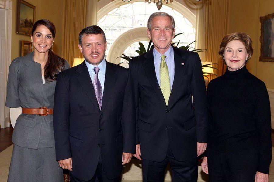 La reine Rania et le roi Abdallah II de Jordanie avec Laura et George W. Bush, le 4 mars 2008