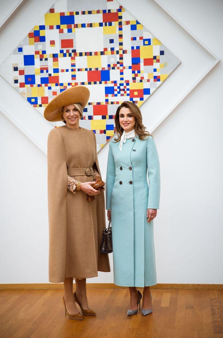 La reine Rania de Jordanie avec la reine Maxima des Pays-Bas, le 20 mars 2018