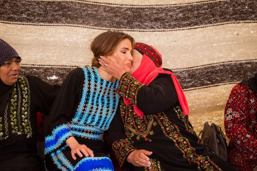 La reine Rania de Jordanie à Al Mafraq, le 8 avril 2019