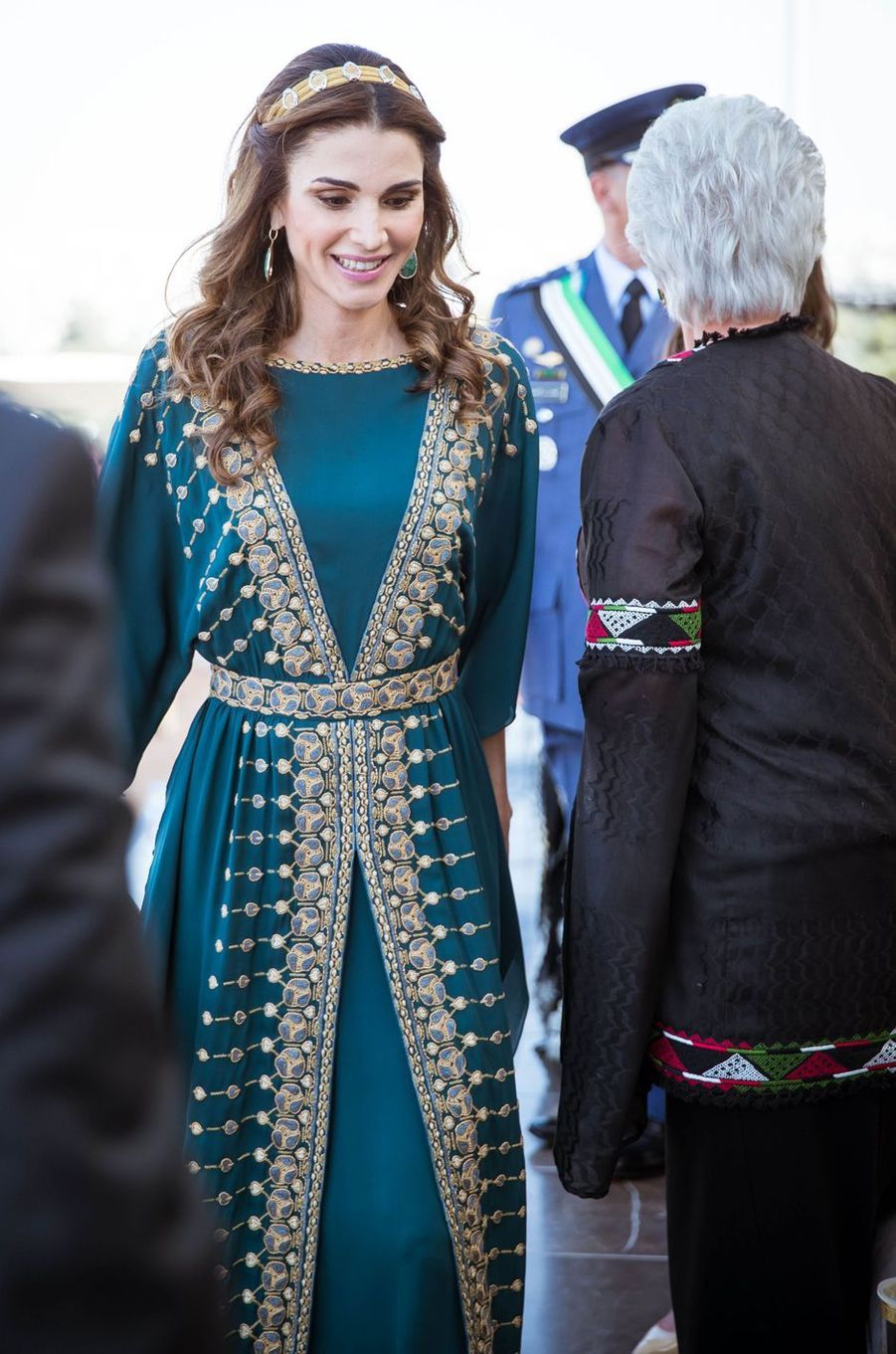 La reine Rania de Jordanie avec la princesse Muna à Amman, le 2 juin 2016
