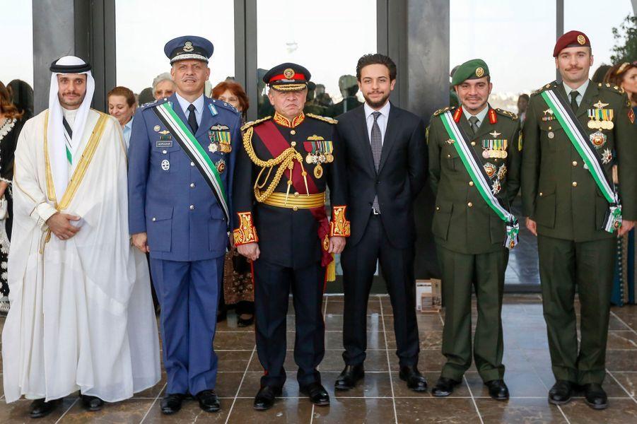 Le roi Abdallah II de Jordanie avec les princes Hamza, Faisal, Ali et Hashem à Amman, le 2 juin 2016