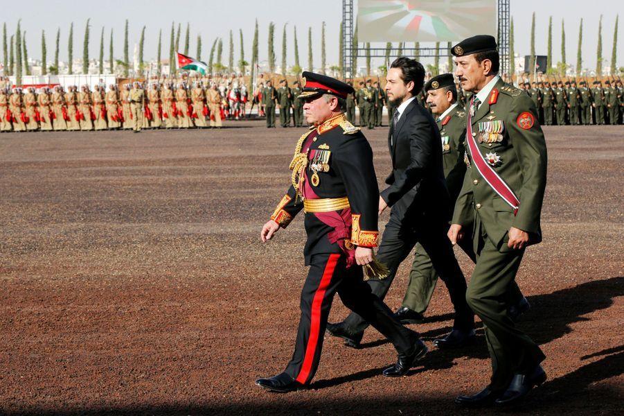 Le roi Abdallah II de Jordanie et le prince héritier Hussein à Amman, le 2 juin 2016
