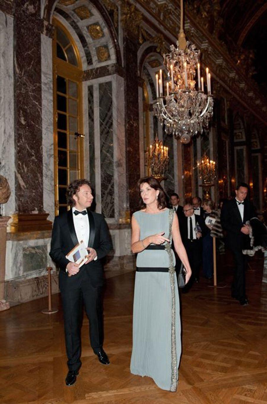 La princesse Caroline de Monaco avec Stéphane Bern au château de Versailles, le 6 décembre 2010