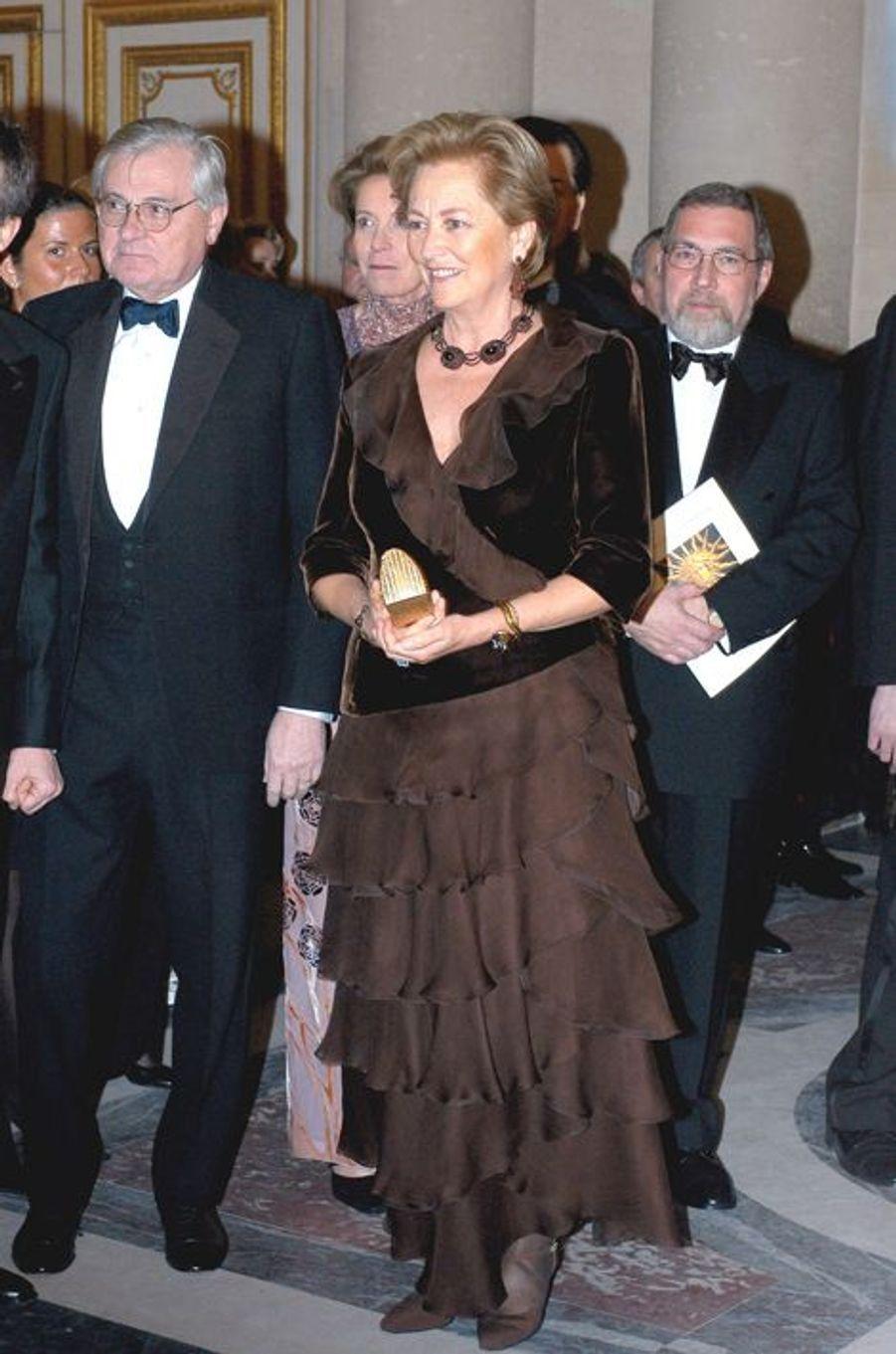 La reine Paola de Belgique au château de Versailles, le 2 décembre 2002
