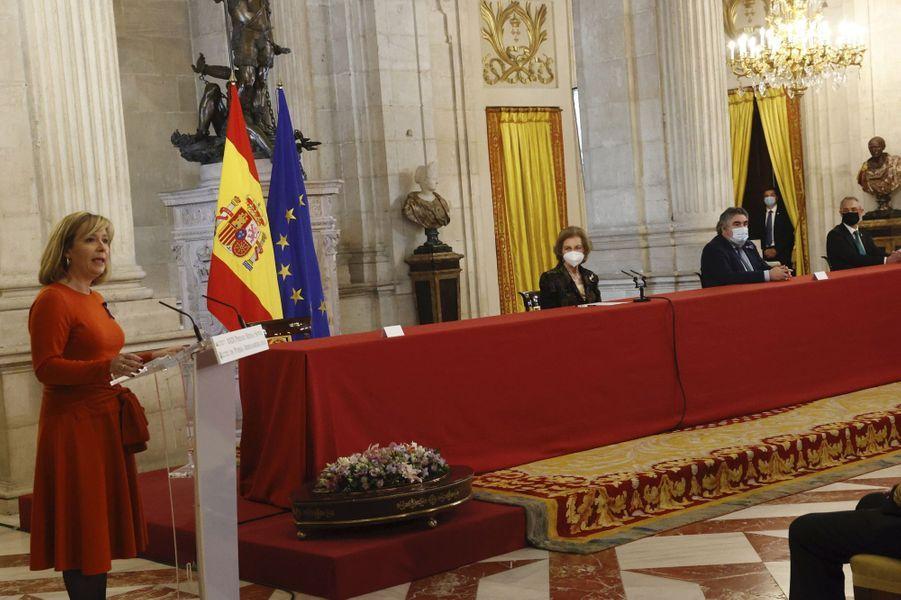 L'ancienne reine Sofia d'Espagne au Palais royal, le 25 novembre 2020 à Madrid