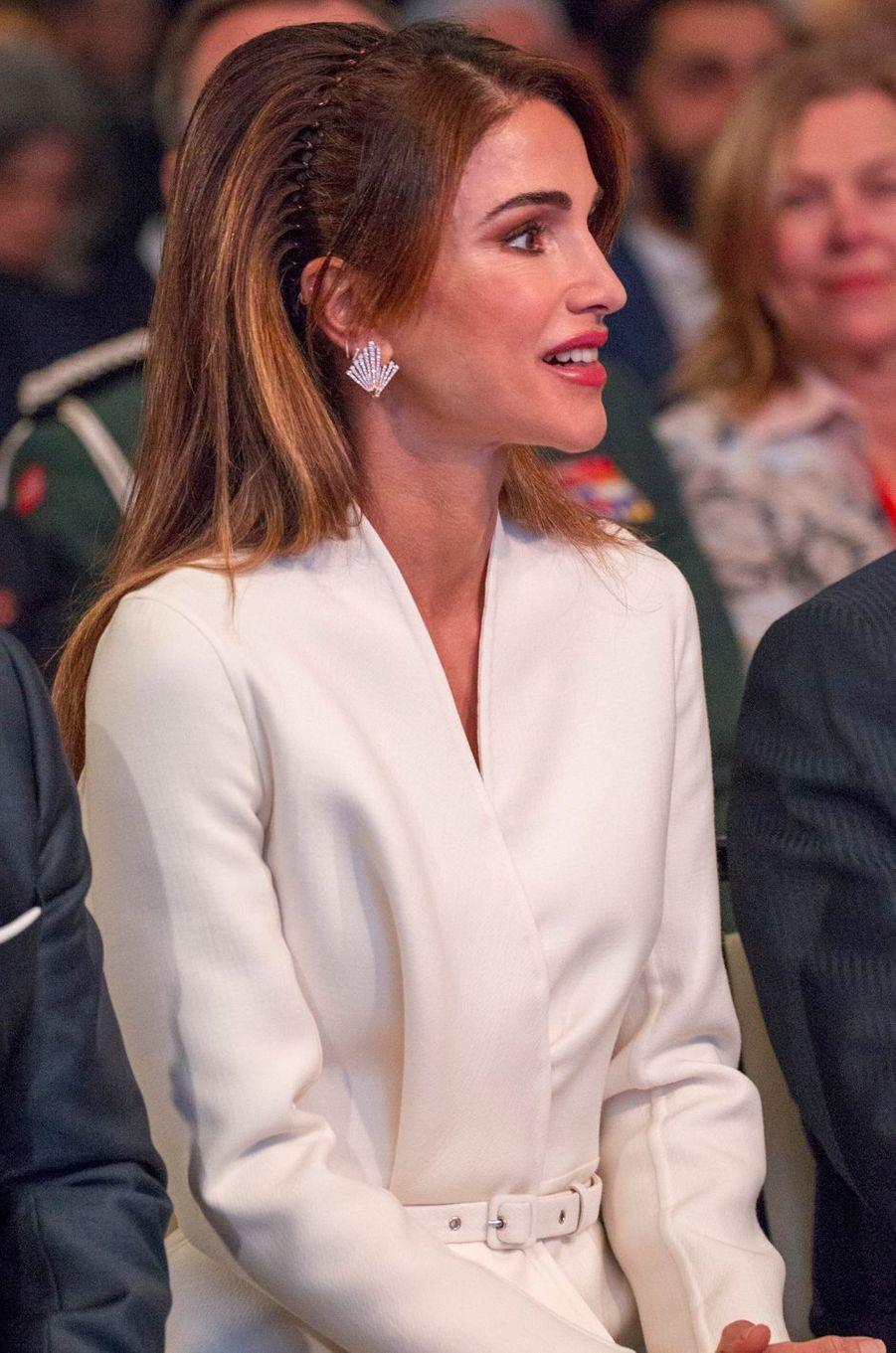 La coiffure de la reine Rania de Jordanie à Amman, le 2 mars 2020