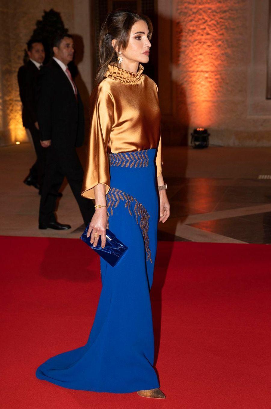 La reine Rania de Jordanie dans un ensemble Azzi & Osta à Amman, le 2 mars 2020