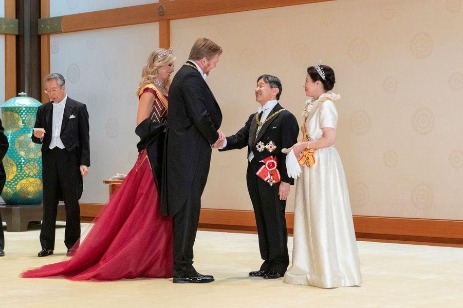 La reine Maxima et le roi Willem-Alexander des Pays-Bas avec l'impératrice Masako et l'empereur Naruhito du Japon à Tokyo, le 22 octobre 2019